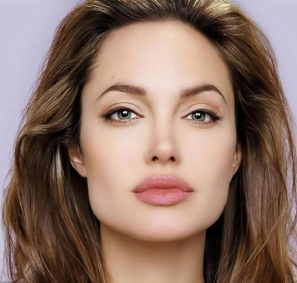 Phụ nữ mặt vuông chữ điền tốt hay xấu, Angelina Jolie có mặt vuông chữ điền