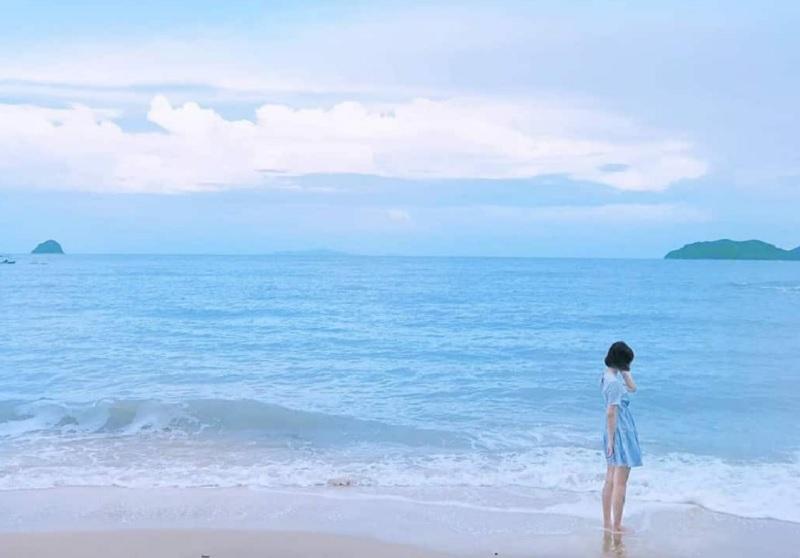Mơ thấy biển là điềm báo tốt hay xấu? Mơ thấy sóng biển