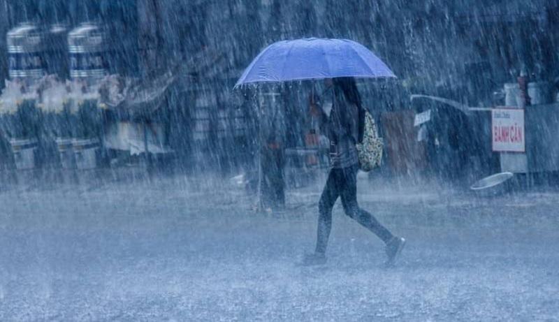 Ngủ mơ thấy trời mưa. Mơ thấy mưa là điềm báo gì?