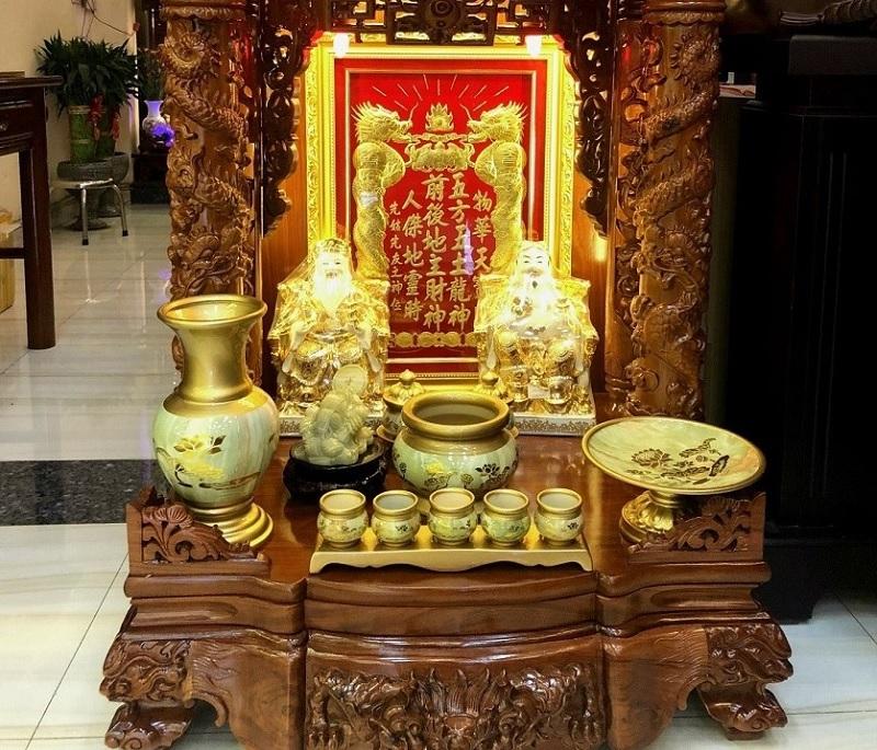 Mơ thấy bàn thờ thần tài đánh con gì? Mơ thấy bàn thờ thần tài thổ địa
