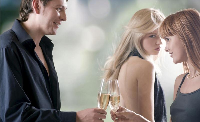 Mơ thấy người yêu hiện tại ngoại tình. Mơ thấy người yêu ngoại tình là điềm gì?