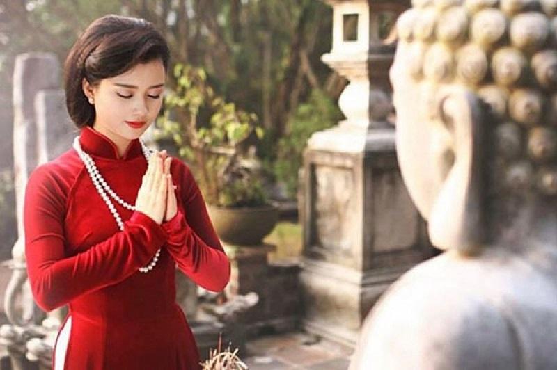 Lưu ý khi bà bầu đi lễ chùa dịp đầu năm mới