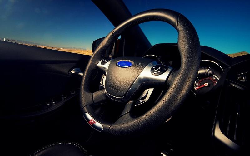 Nên đánh con gì khi mơ thấy lái xe ô tô?