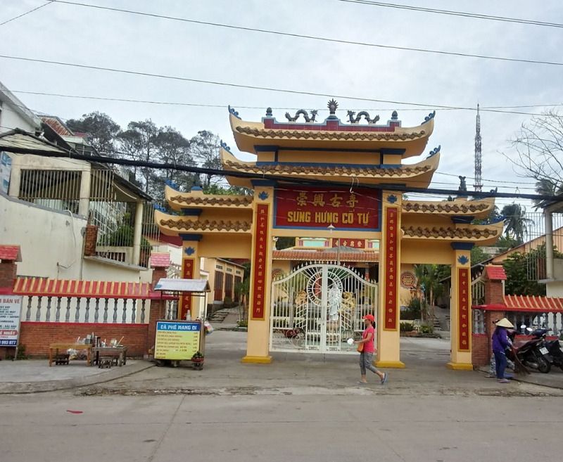 Những ngôi chùa nổi tiếng ở Phú Quốc hiện nay. Phú Quốc có chùa nào đẹp, linh thiêng? Sùng Hưng Cổ Tự