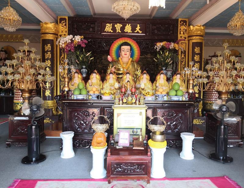 Phú Quốc có ngôi chùa nào đẹp, nổi tiếng? Chùa Pháp Quang